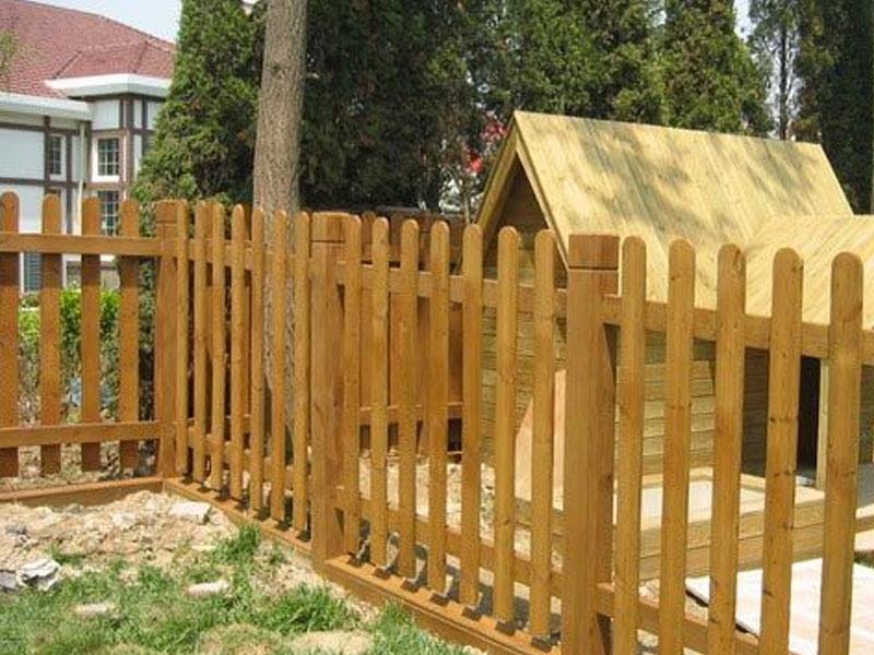 户外休闲防腐木栅栏