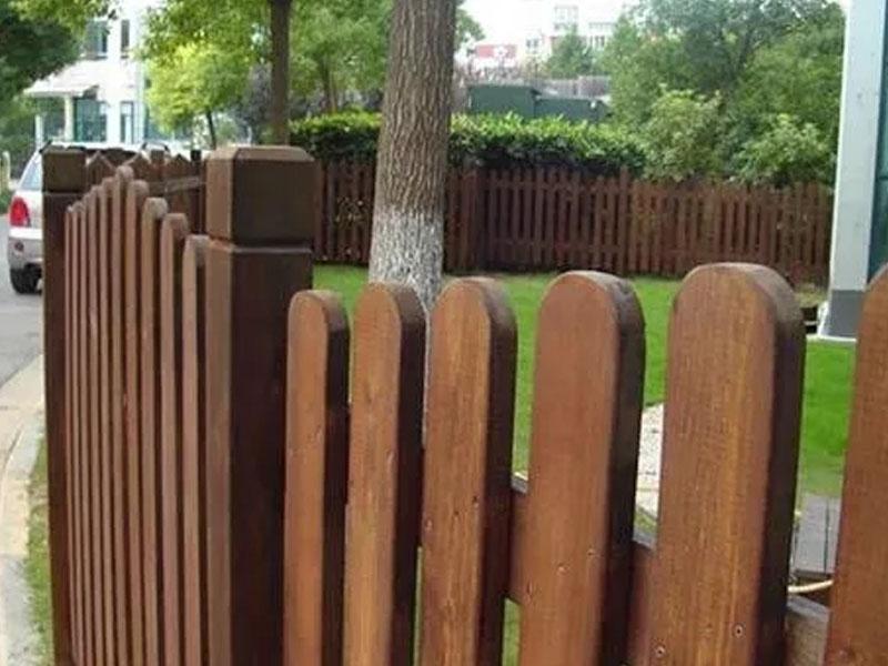 室外防腐木栅栏