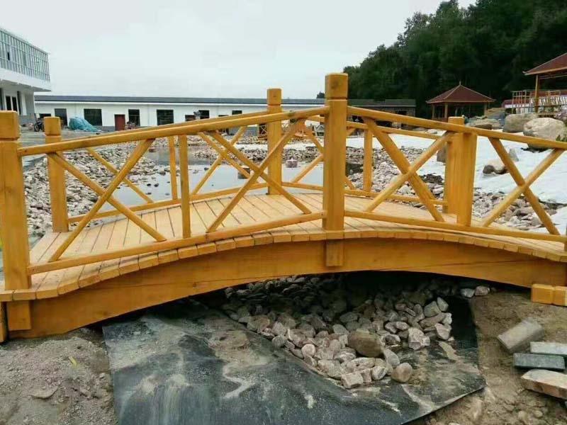 公园休闲防腐木木桥