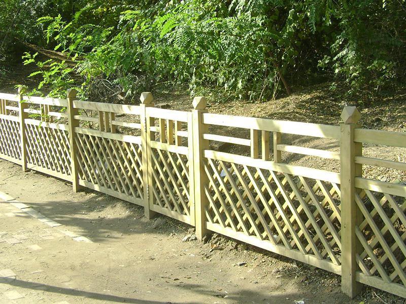 阳台生态防腐木栅栏